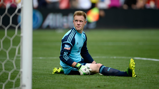 Germany keeper ter Stegen's nightmare own goal against USA - video