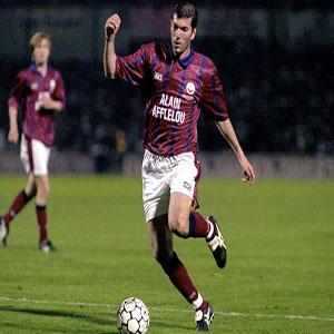 Dans quel club Zidane a-t-il été formé ?
