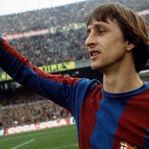Qu'à fait Cruyff pour pouvoir jouer le Clasico en 1974 ?
